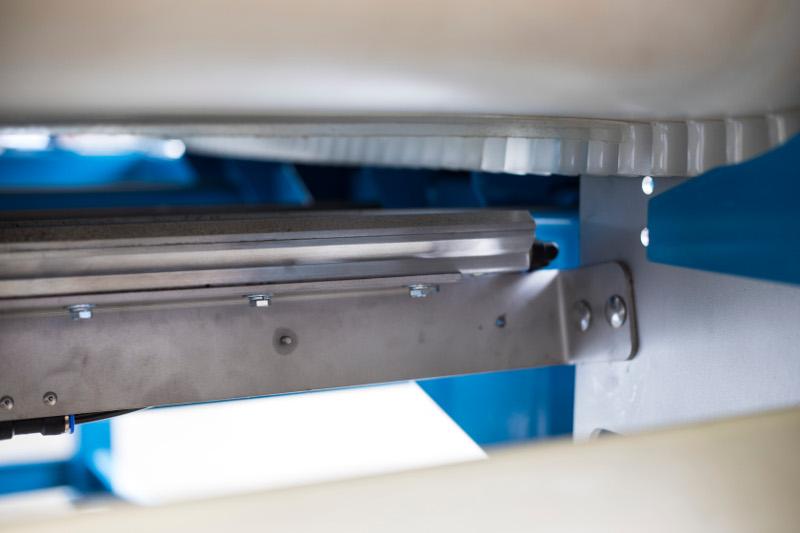 Cuchilla patentada-SSSC Transportador de separación de acero inoxidable-Bunting-Transportadores-Separación magnética-Manejo de materiales